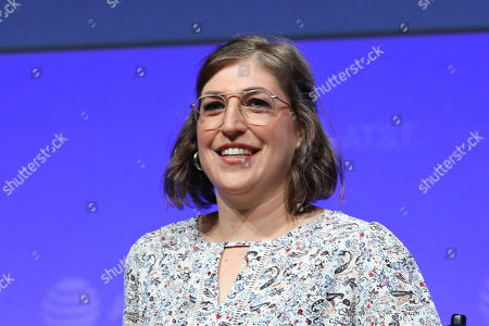 """Editorial photo of SHAPE: """"The Scully Effect is Real"""" with Geena Davis and Mayim Bialik, Burbank, USA - 22 Jun 2019"""