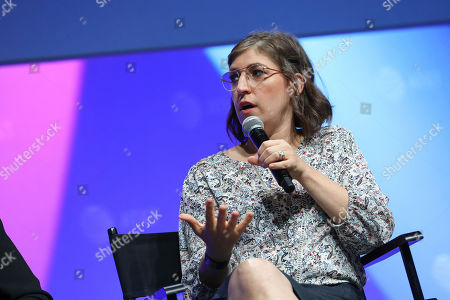 """Editorial image of SHAPE: """"The Scully Effect is Real"""" with Geena Davis and Mayim Bialik, Burbank, USA - 22 Jun 2019"""