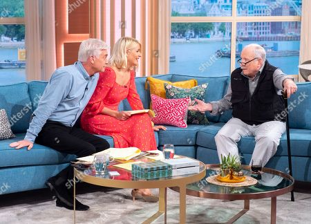 Phillip Schofield and Holly Willoughby with Richard Dreyfuss