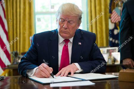 President Trump executive order on sanctions in Iraq, Washington DC