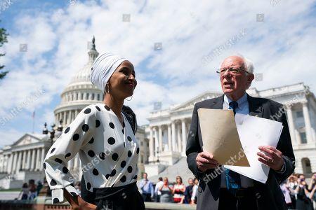 Senator Sanders proposes cancelling student loan debt, Washington DC