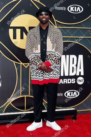 US basketball player Baron Davis poses for the photographers upon his arrival for the 2019 NBA Awards at Barker Hangar in Santa Monica, California, USA, 24 June 2019 (issued 25 June 2019). The 2019 NBA Awards will be the 3rd annual awards show by the National Basketball Association (NBA).