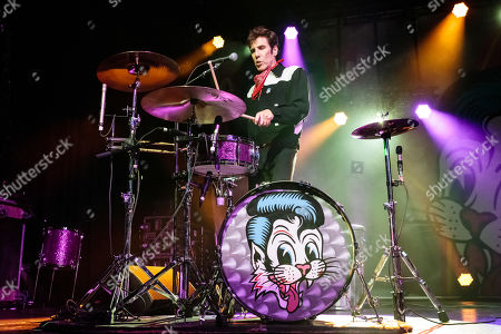 The Stray Cats - Slim Jim Phantom