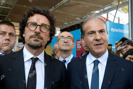 Danilo Toninelli and Gianfranco Battisti during the Presentation of the Plan for the development of tourism