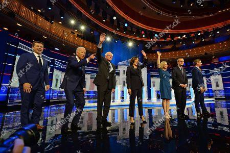 Michael Bennet with Joe Biden, Pete Buttigieg, Kirsten Gillibrand, Kamala Harris, Bernie Sanders and Eric Swalwell