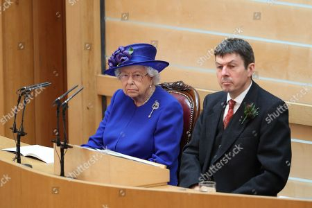 Queen Elizabeth II and Presiding Officer of the Scottish Parliament Ken Macintosh and the Duke of Rothesay during a ceremony marking the 20th anniversary of devolution