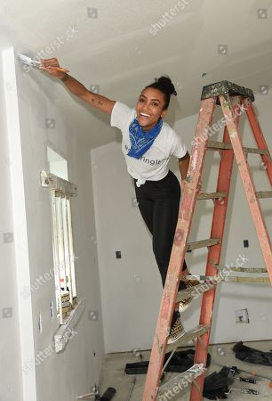 Annie Ilonzeh joins Bluegreen Vacations and New Orleans area Habitat for Humanity to construct a home in the Lower 9th Ward in New Orleans, LA @bgvmarquee #onyourmarquee #bluegreenvacations @habitatnola