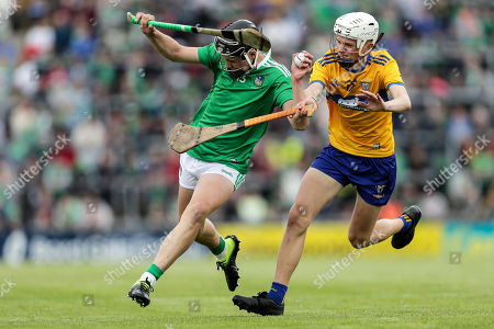 Clare vs Limerick. Limerick's Aidan O'Connor and Oisin O'Donnell of Clare