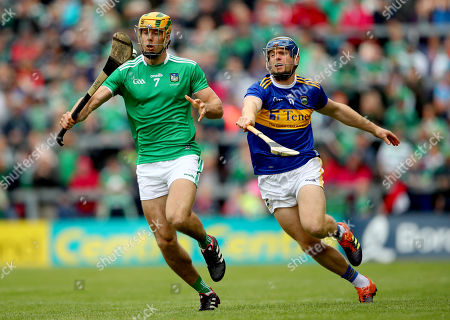 Tipperary vs Limerick. Limerick's Dan Morrissey and Jason Forde of Tipperary