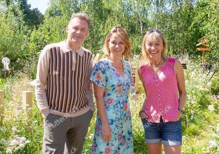 Chris Packham, Jo Thompson and Michaela Strachan in 'The Springwatch Garden'.
