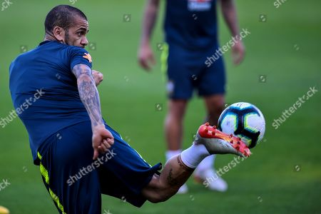 Brazil's national soccer team player Daniel Alves participates in a training session at the Altetico Mineiro training center, in Belo Horizonte, Brazil, 01 July 2019. Brazil will face Argentina in a Copa America 2019 semifinal match on 03 July 2019.