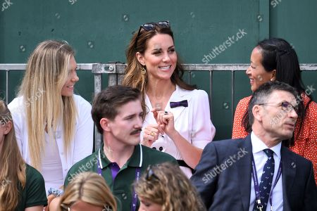 Catherine Duchess of Cambridge sitting next to Katie Boulter and Anne Keothavong