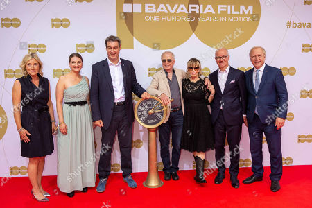 Iris Ostermaier, Judith Gerlach, Markus Soeder, Wolfgang Petersen and wife Maria, Dr. Christian Franckenstein, Tom Buhrow