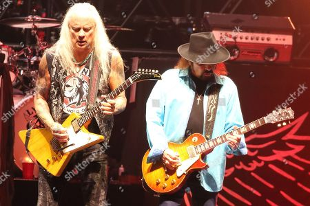 Lynyrd Skynyrd - Rickey Medlocke and Gary Rossington