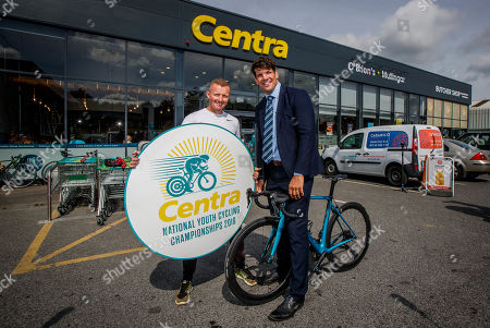 Wheelie great news! Centra ambassador, Donncha O'Callaghan today launched the Centra National Youth Cycling Championships 2019 which takes place on 17th and 18th August in Mullingar. The event is expected to attract over 250 elite young cyclists between the ages of 11 to 16, who will compete to be named Irish Champion. Hosted by Lakeside Wheelers Cycling Club in association with O'Brien's Centra, the competition will see a superb weekend of racing from the best of Irish youths. . Pictured at the launch is Irish cyclist Damien Shaw with Donncha O'Callaghan