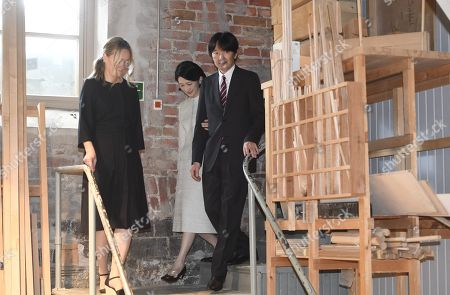 Nikari CEO Johanna Vuorio welcomes Crown Prince Akishino and Crown Princess Akishino of Japan at the workshop of Nikari, a wood design studio and furniture manufacturer, in the Fiskars Village in Raasepori. During their four-day visit, Their Imperial Highnesses will explore Finnish culture, landmarks, nature and healthcare.
