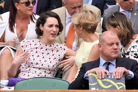 Phoebe Waller-Bridge chatting with Katherine Grainger on Centre Court