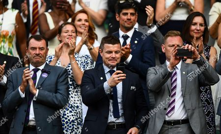 Brian O'Driscoll, centre, alongside All England Club Chairman Philip Brook, left