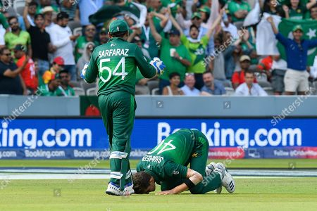 Stock Picture of 5 Wickets - Shaheen Afridi of Pakistan prays as he celebrates taking the wicket of Mohammad Mahmudullah Riyad of Bangladesh during the ICC Cricket World Cup 2019 match between Pakistan and Bangladesh at Lord's Cricket Ground, St John's Wood
