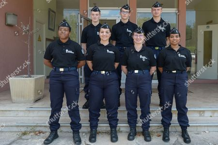 The Cadets of the Gendarmerie of Ile-de-France is a device that prepares young French citizens. They are recruited for the second consecutive year on academic, social and geographical criteria, for the competitions and selections of the Gendarmerie throughout the school year, through a support to competitions and intership of discovery of the Gendarmerie and its trades. Demonstration of protection and armament used by the PSIG Sabre - Peloton de Surveillance et d'Intervention de la Gendarmerie in Yvelines department. The PSIG is a unit of police, selected on the basis of volunteering. They receive appropriate training and specific training to act in potentially delicate operations, often at night, for checks, arrests or drug drills