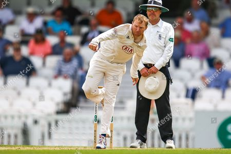Gareth Batty of Surrey bowling during the Specsavers County Champ Div 1 match between Surrey County Cricket Club and Kent County Cricket Club at the Kia Oval, Kennington