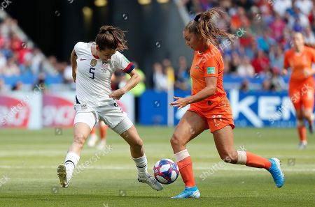 USA's Kelley O Hara (L) in action against Lieke Martens of Netherlands  during the final match between USA and Netherlands at the FIFA Women's World Cup 2019 in Lyon, France, 07 July 2019.