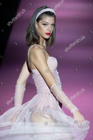Marta Ortiz on the catwalk