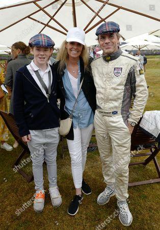 Paul Stewart, Victoria Stewart and son