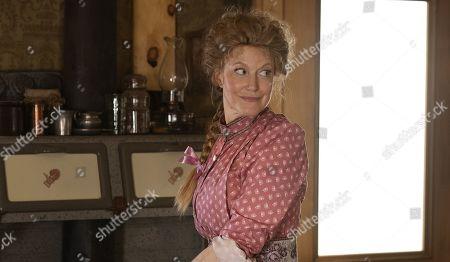 Anna Gunn as Martha Bullock