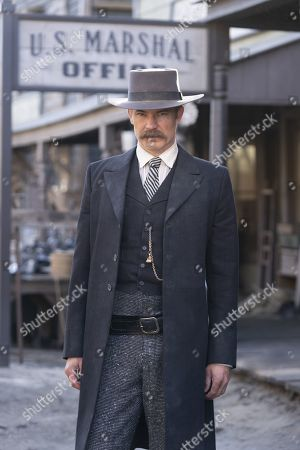 Timothy Olyphant as Seth Bullock