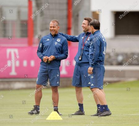 08.07.2019, Football 1.Bundesliga 2019/2020, Trainingsauftakt FC Bayern Muenchen, an Saebener Strasse. v.li:  Co-Trainer Hans-Dieter Flick (FC Bayern Muenchen), Co-Trainer Robert Kovac (FC Bayern Muenchen), Trainer Niko Kovac (FC Bayern Muenchen),