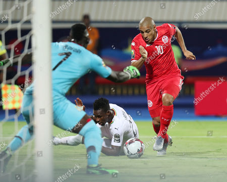Wahbi Khazri of Tunisia tackled by John Boye of Ghana during the 2019 Africa Cup of Nations Last 16 match between Ghana and Tunisia at the Ismailia Stadium, Ismailia, Egypt, 08 July 2019.