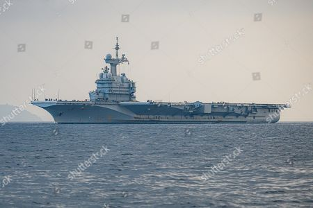 Nuclear aircraft carrier Charles de Gaulle returns to port