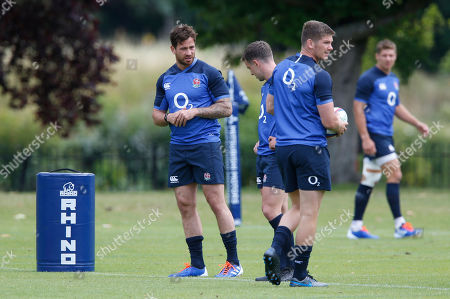Danny Cipriani (left) with fellow fly-halfs George Ford and Owen Farrell (with ball(