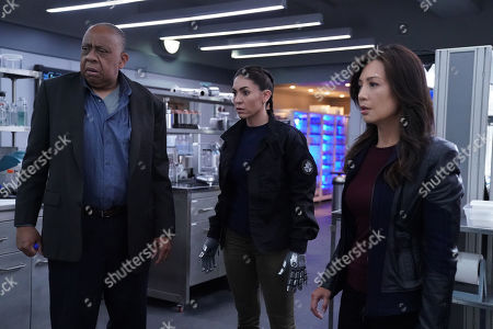 "Barry Shabaka Henley as Dr. Marcus Benson, Natalia Cordova-Buckley as Elena ""Yo-Yo"" Rodriguez and Ming-Na Wen as Melinda May"