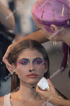 Valentina Sampaio backstage