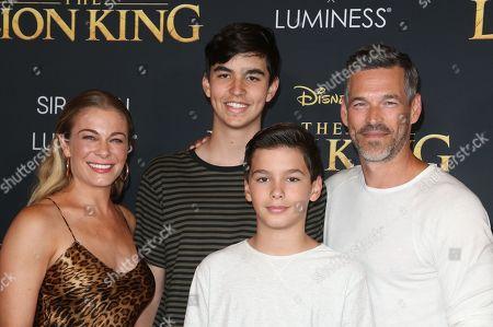 LeAnn Rimes, Eddie Cibrian, Family