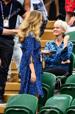 Kim Sears Judy Murray in the players box on Court 2