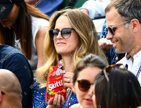 Kim Sears in the players box on Court 2