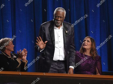 Bill Russell accepts the Arthur Ashe award for courage at the ESPY Awards, at the Microsoft Theater in Los Angeles