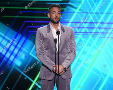 Zachary Levi presents the best moment award at the ESPY Awards, at the Microsoft Theater in Los Angeles