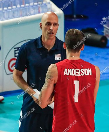 USA's head coach John Speraw (L) talks with USA's Matthew Anderson (R) during the Federation Internationale de Volleyball (FIVB) Men's Nations League match between France and USA at Credit Union 1 Arena in Chicago, Illinois, USA, 10 July 2019.
