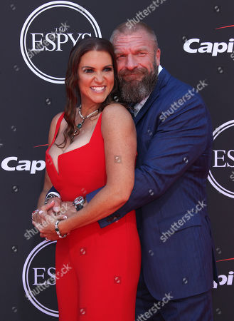 Stephanie McMahon-Levesque, Paul Levesque