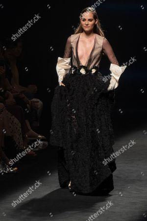 Marina Jamieson on the catwalk