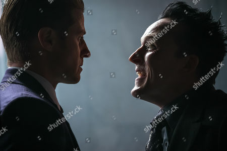 Benjamin McKenzie as James Gordon and Robin Lord Taylor as The Penguin