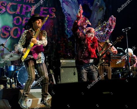 Steven Van Zandt and the Disciples of Soul