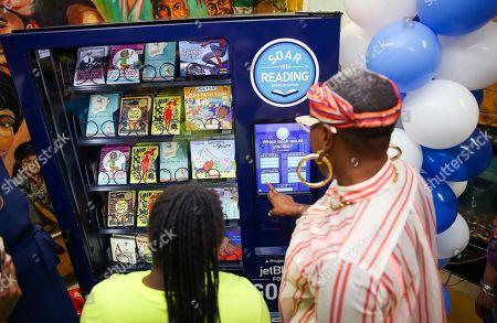 Aisha Hinds Brooklyn native unveil the book vending machine for local children