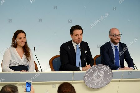 From left to right:: Alessandra Locatelli, Giuseppe Conte and Lorenzo Fontana