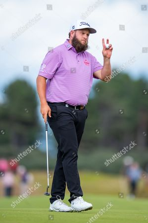 Andrew Johnston (ENG) acknowledges the crowd on the 18th green during the third round of the Aberdeen Standard Investments Scottish Open at The Renaissance Club, North Berwick