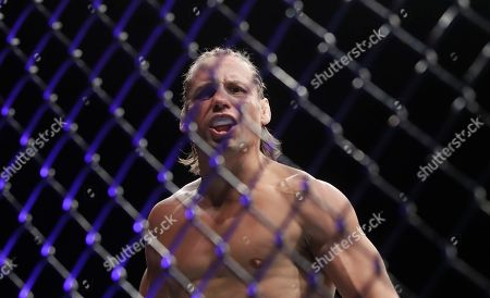 Urijah Faber reacts after defeating Ricky Simon during a bantamweight mixed martial arts fight at UFC Fight Night in Sacramento, Calif